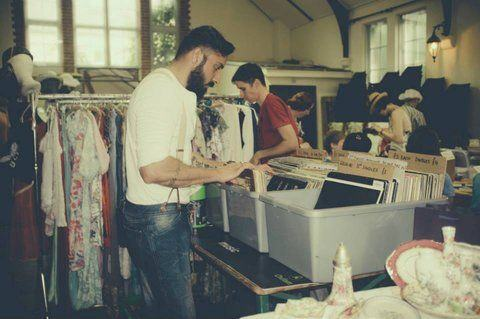 Hackney Flea Market - BrokeinLondon