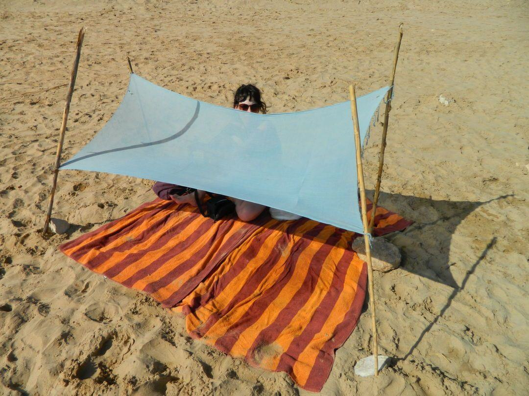Road trip in Sicily. Our D.I.Y. beach tent ... & D.I.Y. beach tent - Broke in London