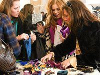 CHIC ON THE CHEAP: How to Dress Fashionably on a Budget