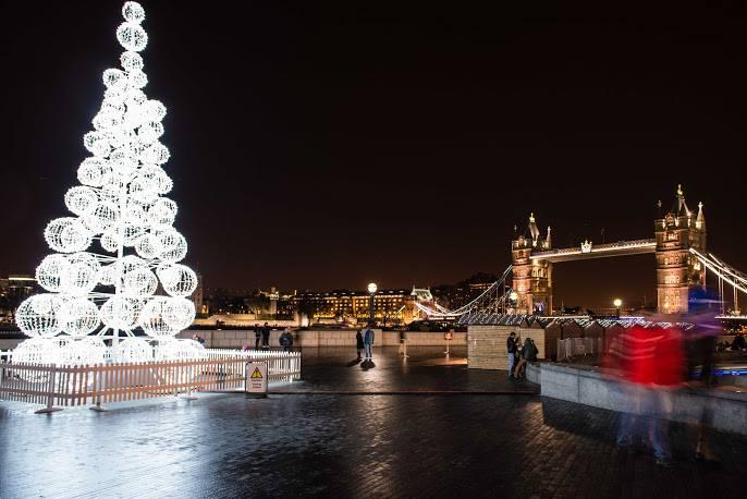 London Bridge City Christmas Market 2015 - Broke in London