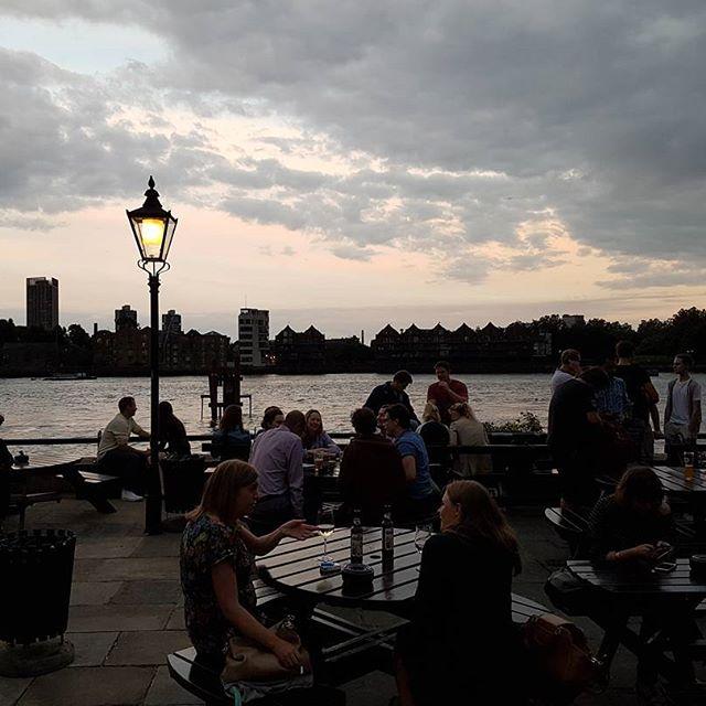top ten riverside restaurants