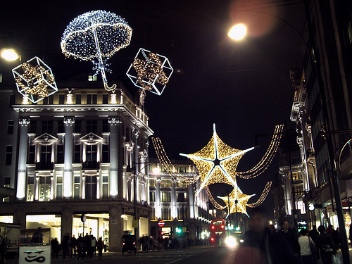 The Top 5 Places To See Christmas Lights In London Broke