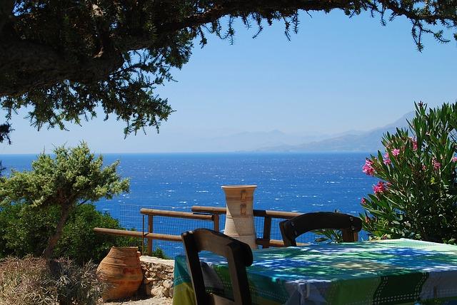 Tavern in Crete