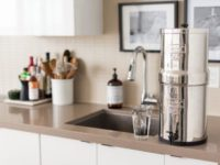 5 Reasons You Should Have a Water Filter At Home